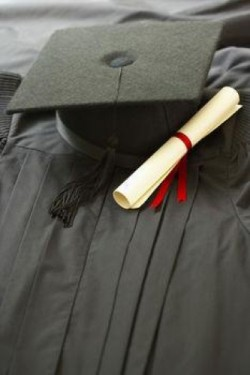 A Wisconsin school district previous graduation ceremonies in churches were ruled as unconstitutional.